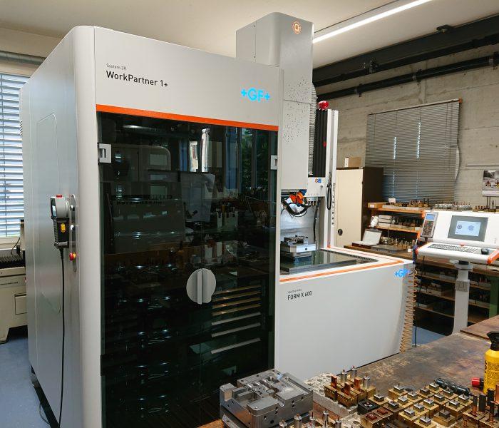 Senkerodiermaschine AgieCharmilles FORM X 600 mit WorkPartner 1+LH